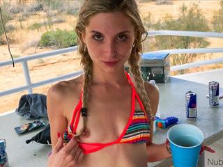 Teen Girl Bikini porno